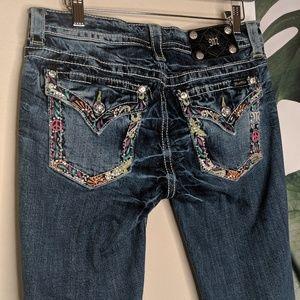 MISS ME Cuffed Capri Jeans Peace Sign Design RARE